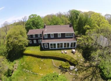 #5 The Pond House