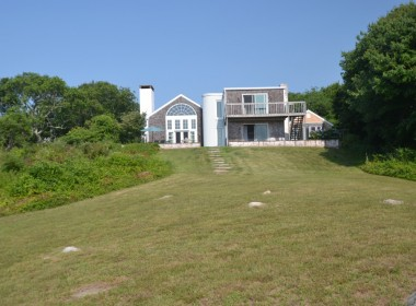 #16 Large House near Middle Farms on the South Shore